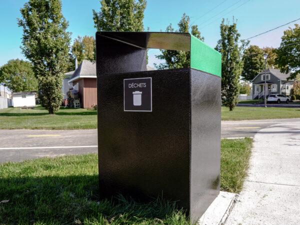 poubelle urbaine